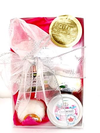 Bath Set Gift -Soy Candle-bath bombs and Sea Salt.